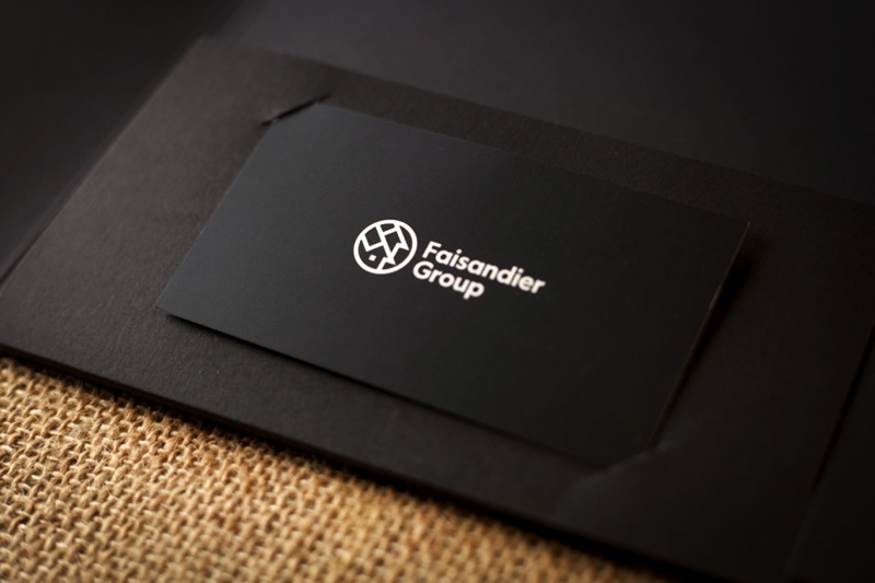 Printing silkscreened document folders for The Faisandier Group